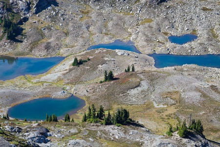Tarns and campsite below Yellow Aster Butte
