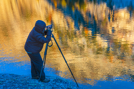 Karen Rentz Videotaping Inspiration Lake in The Enchantments