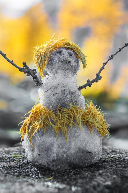 """Honolulu Girl"" Snowman Made by Karen Rentz in The Enchantments"
