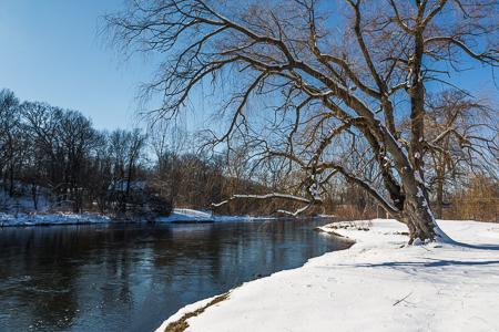 Kalamazoo River in Historic Bridge Park in Calhoun County, MI