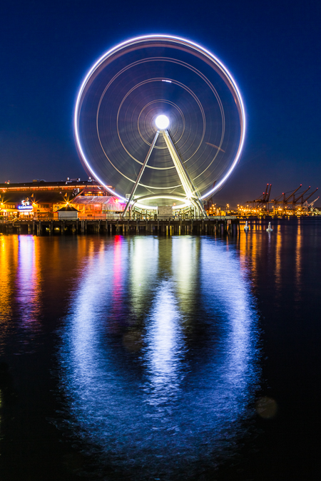 The Seattle Great Wheel on the Waterfront at Night